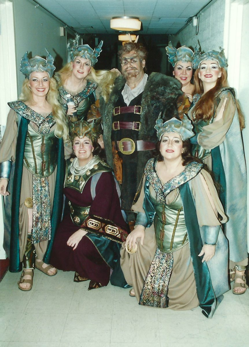 Die Walküre, 1998 – Janice with a gaggle of Valkyries and Noel Mangin as Hunding