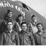 Photo of crew of WWII plane crew